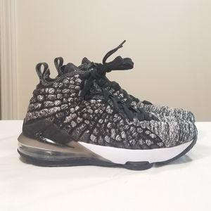 Nike Lebron XVII 17 BQ5594-002